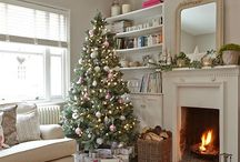 Christmas decor / All things Christmas, trees, decorations, tables, gift wrap