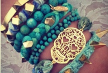 love jewelry / by Heather Maher