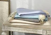 Blankets & Throws / Fall Essentials