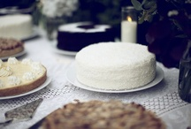 Food - CAKE!!! Everybody Loves {Cake} / by Melissa Willman