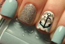 Nails / by Leslie Reed