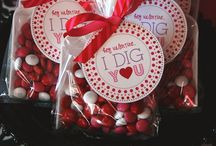 Valentine's Sweets-n-Treats / by Kimberly Severa