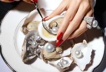 Pearls / June's traditional birthstone & a Virginia classic.  / by WASHINGTON DIAMOND®