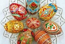 Eggs Eggomania / by Hope G