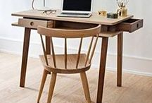 Lei | Desk / Multifuncional furniture, can works as a secretary or as a dressing table.
