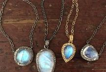 Necklaces / Necklaces designed by Robindira Unsworth. Pendants and multi-strand beauties featuring oxidized silver, labradorite, gold vermeil, topaz, aquamarine... our oxidized silver and champagne diamond collection is here for winter 2013-14!