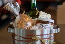 Gift Ideas / by Kimberly Elaine