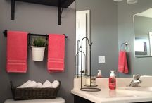 Bathrooms / by Becky Jordahl