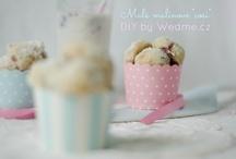 {Desserts}