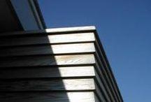 gevelbekleding / Het materiaal en de manier waarop de gevel ermee wordt bekleed geeft een gebouw haar karakter.