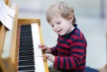 Homeschool: Music / Want to teach your kids music at home? Here's a marvelous list of resources for preschool through elementary school students.