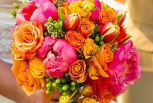 Wedding inspiration: flowers / Flowers I like for wedding. Some pins for color combos, some for sizes.