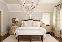 Bedroom / by Shell Schreiber
