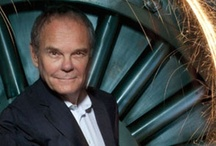 Trent Luminary: Global Innovator Don Tapscott / One of the world's leading authorities on social innovation and information technology, Don Tapscott is no stranger to controversy. The cyber-guru has raised eyebrows by asserting that our institutions, including education, are industrial age models unsuited for the age of networked intelligence. But in Trent University he sees a key learning model that will help develop the world's future problem-solvers.