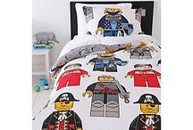 Cool Kid Bedroom / Creative ideas that are fun , but still clean and cute .