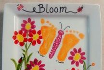 Paw prints, foot prints & finger prints. / For the LOVE those wonderful pictures made from hands, fingers and toes.