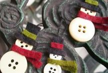 Buttons / by Linnie Snow
