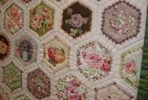 Quilts---Hexies / by Sue Dodge