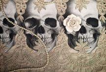 Skulls / All things skullicious!