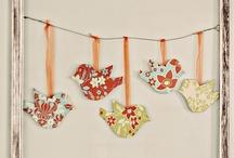 Crafts / by Courtney Bierbrodt