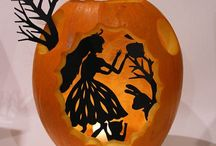 Mwa-Ha-Ha-Halloween / Halloween Decorations, Costumes, Haunted House Decor, Party Tricks and Treats, and Crafts for the Kids.