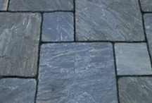 Flagstone / See photos of finished projects and get professional tips on using flagstone as a paving material at: http://www.landscapingnetwork.com/flagstone/