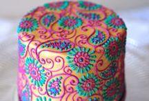 cakes / by Nairim Brito