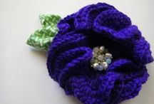 Crochet flowers and appliques / by Diane Sherman