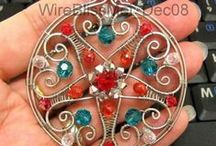 DIY Ideas / Great tutorials and ideas for beading and jewelry making inspiration.