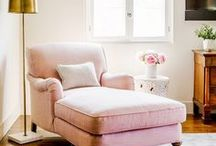 Reading Nook and Cosy Corner Styling / How to style your reading nook, corner, chill out area, quiet zone to make it cosy and comfy and an escape for the day