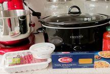 Crock Pot Dinners / Crock Pot Recipes. Slaving over a crock pot hahaha / by Tammy Lynn Chester