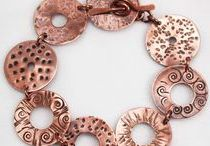 diy . m e t a l . jewelry / Metal and wire jewelry making tutorials. Cold connections, riveting, soldering, etching etc. #crafts
