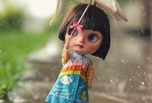 this. is. Blythe / Blythe dolls. First introduced in the US in the 1970s. Customizable and collectible.