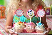 Girls! Birthday Party Ideas for Girls! / Birthday party ideas for Girls! Girl birthday cakes, birthday party themes for girls and girl birthday party games.