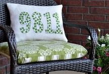 Front Porch Decorating Ideas / How to decorate a front porch and TONS of DIY Decorating Projects for Front Porch Living!