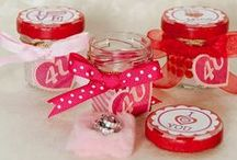 Valentine's Day Crafts and Home Decorations / Crafts for Valentine's Day, easy DIY Valentine's Day decorations for your home, and Valentine's Day food for your sweetheart!