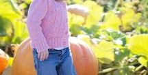 Kids Activities for Fall / Kid friendly activities for Fall. Lots of fall activities and Fall Bucket Lists!