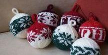 Weihnachten / Pullover, Christbaumschmuck, Fensterbilder oder ganze Kränze. Alles kann für Weihnachten gestrickt werden. Hier findet Ihr viele Anleitungen, Beispiele oder Tutorials zum Thema Weihnachten.