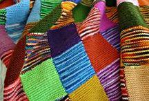 Decken / Tagesdecken, Wohlfühldecken, Kuscheldecken, Patchworkdecken, gehäkelt aus einzelnen Teilen, gestrickt und genäht.