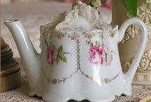 Tea Cups ~ Tea Pots ~ Tea Parties  et Chocolat / by Sheriann ♥