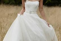 Wedding: Fashion - Bride / by Caitlyn Miller