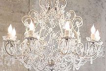 Antique & Vintage Chandelier / Splendid and enchanting Chandelier iaround the world the world in the centuries .......... Time to buy an antique is when u see it !