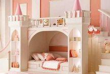 Girl bedroom ideas / Cute bedroom ideas for girls, tweens, and teens. / by Melissa Mayse