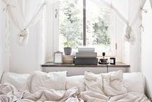 ROOMSPIRATION - bed- & livingroom / #bedroom #inspiration #interior #design #white #soft #nude #tones #modern #bedroomspiration #livingroom #house #innenarchitektur #architecture #gold #neutral