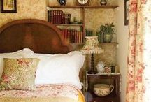 Decor: Antique/Vintage / by Janet Griffin