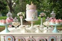 dessert table / by Leticia Canillas