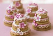 decorated cakes & cookies