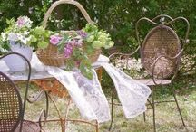 Shabby Chic Outdoor Spaces / shabby chic outdoor rooms