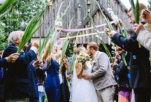 Der Auszug / Wedding-Wands, Seifenblasen, Blütenblätter, Konfetti, ... Wie sieht euer Auszug aus?  #hochzeit #freietrauung #auszug #traulina