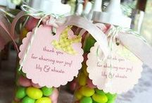Baby-Cakes welcome wagon / Baby shower Ideas